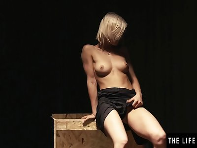 Sexy naked blonde licks her nips as she masturbates to orgasm