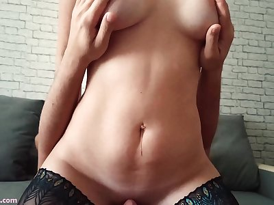 Honey in Stockings Pussy-smothering and Voluptuously Squirting - Homemade