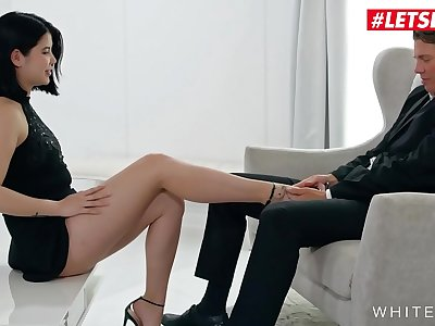 WHITE BOXXX - #Lady Dee #Ricky Rascal - Czech Gf Taunt Paramour And Rails Him Good