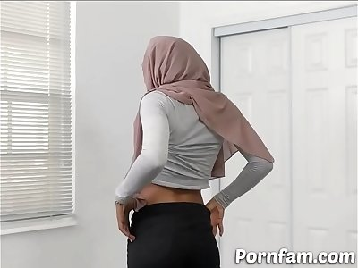 Horny Step manstick Eating His Arab Stepsister's Vagina - Pornfam.com