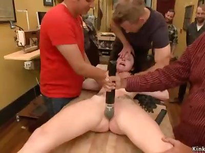 Hot pouch D/s assfuck fucked in public