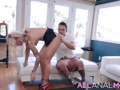 The woman next door has been attempting to entice Mummy Synthia Fixx's husband, and she's had enough. - Total SCENE on http://ALLAnalMOM.com