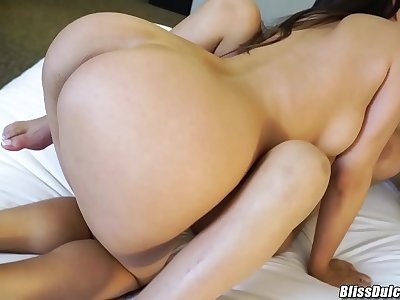 Hot makeout session Kenzie Taylor and Bliss Dulce lesbo hookup