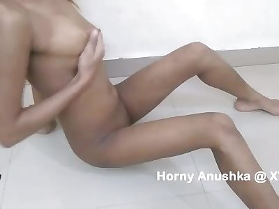 indian college woman fingerblasting playing with her big hooters and masturbating