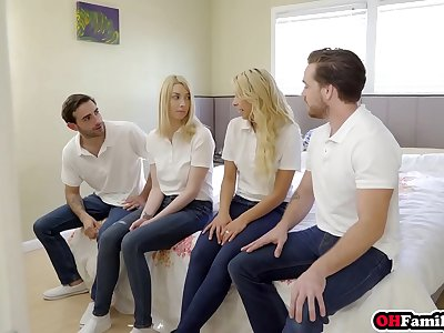 Dirty family quartet with Carmen Caliente and Gia Love in front of astonished parents