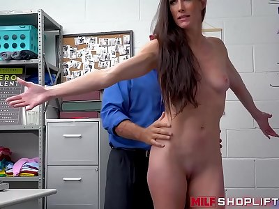 Sexy shoplifting cougar Sofie Marie drilled hard by officer