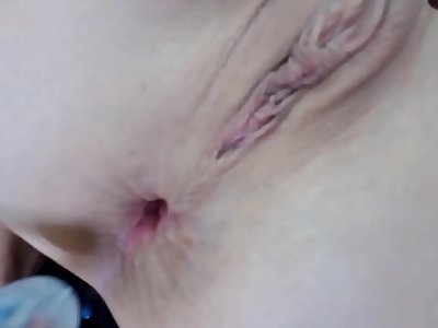 Old Nina does ass fucking with a glass fucktoy close up
