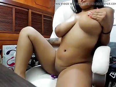 Very Hot Big Big-titted Webcam Fuckslut