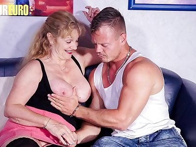 Inexperienced EURO - #Yvonne #Bodo - Crazy German Granny Fucks With Youthfull Boy At Her Place
