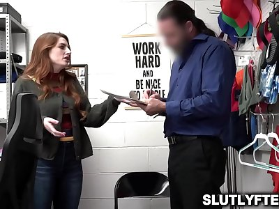 Shoplifter offers the officer a thing that will keep him sated